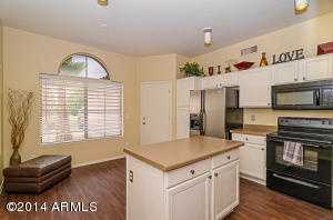 1638 E BARBARITA Avenue, Gilbert, AZ 85234