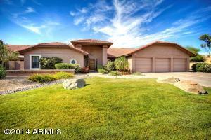 This N/S exposure large corner lot, with RV side gate in desirable Scottsdale location