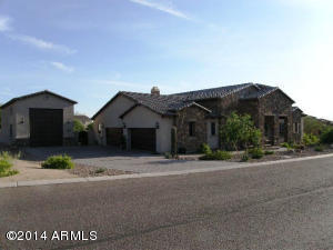 8111 E LEONORA Street, Mesa, AZ 85207
