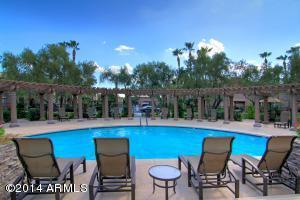 Resort Living!!