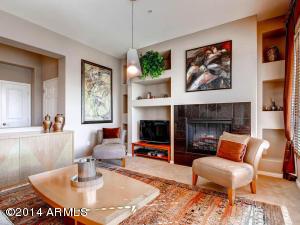 Romantic Great Room w/Fireplace