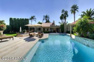 10658 E CINNABAR Avenue, Scottsdale, AZ 85258