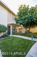 Beautiful Mid Century Modern Townhouse in fantastic location!