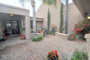 10465 E CINNABAR Avenue, Scottsdale, AZ 85258