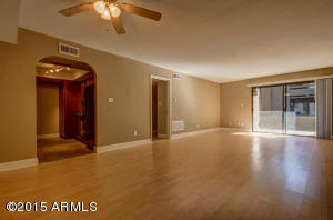 Open Floor plan, easy access to kitchen for entertaining