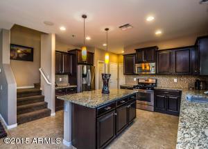3686 E COVEY Lane, Phoenix, AZ 85050