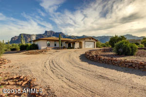 6260 E 12TH Avenue, Apache Junction, AZ 85119