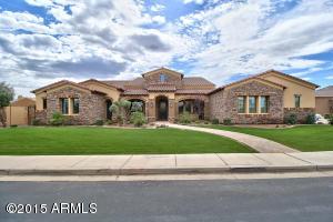 4421 E TAURUS Place, Chandler, AZ 85249