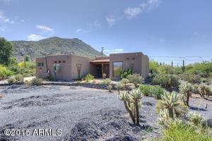 FANTASTIC location at the base of Black Mountain....drive the back roads into Downtown Cave Creek!