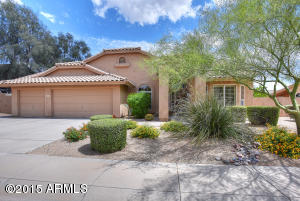 Beautiful Tatum Ranch home in Desert Fairways sits on a large interior lot.