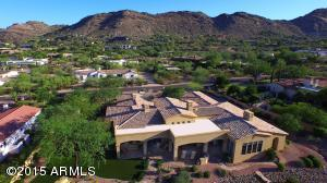 A STUNNING PROPERTY, UNIQUE THAT THE LOT IS FLAT AND THE VIEWS ARE SPECTACULAR!