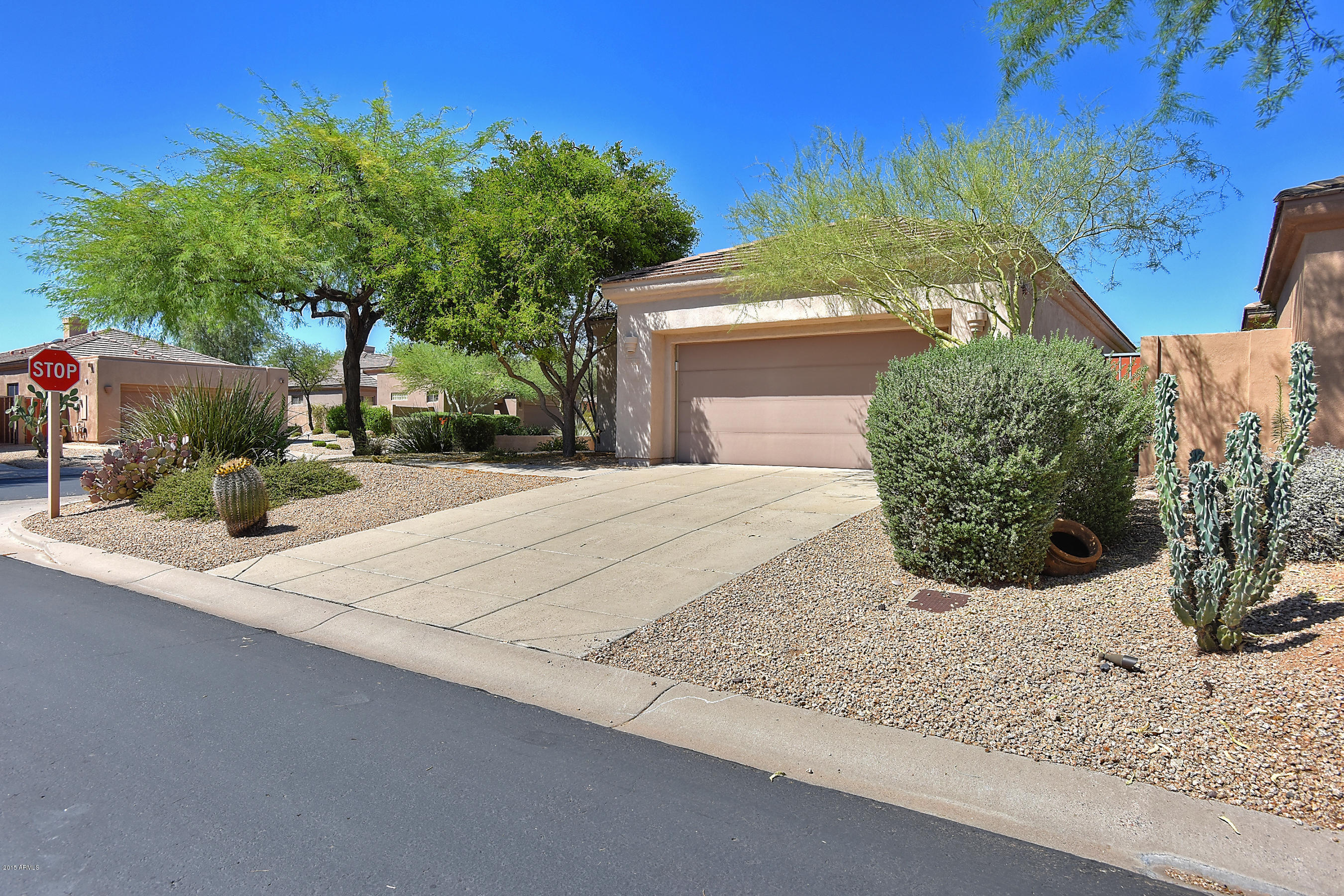 Photo of 6910 E Bramble Berry Lane, Scottsdale, AZ 85266