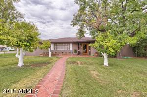 3802 N 43RD Place, Phoenix, AZ 85018