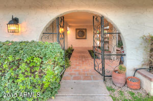 5742 N SCOTTSDALE Road, Paradise Valley, AZ 85253
