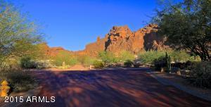 5750 N ECHO CANYON Circle, Phoenix, AZ 85018