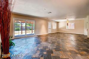 4845 E EARLL Drive, Phoenix, AZ 85018