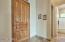 FOYER W/ DECORATIVE FRONT DOOR