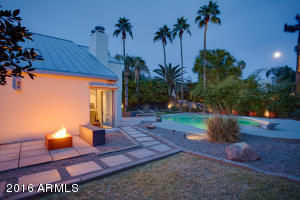 This is what 3-season, Scottsdale living is all about. Gather by the fire and gaze at the stars & moon. Note: the entire yard is shielded by mature trees.