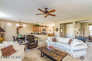 42962 W OCEAN BREEZE Drive, Maricopa, AZ 85138