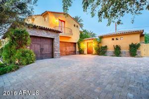 34 E Cactus Wren Drive, Phoenix, AZ 85020
