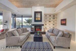 10586 E FERNWOOD Lane, Scottsdale, AZ 85262