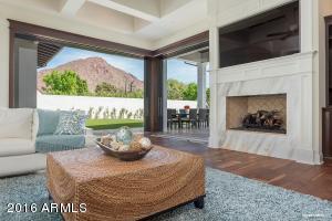 4625 N LAUNFAL Avenue, Phoenix, AZ 85018