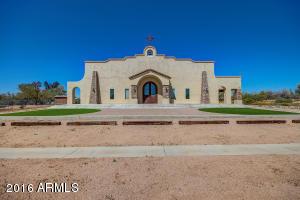 5858 E DYNAMITE Boulevard, Cave Creek, AZ 85331