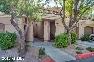 McCormick Ranch, Gated, Ground Floor, Central Location, Close to restaurants, easy access to 101