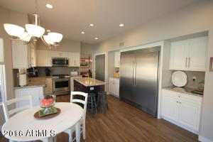Open and Bright Gourmet Kitchen