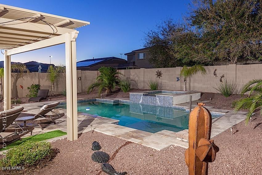 Photo of 17778 W DESERT Lane, Surprise, AZ 85388
