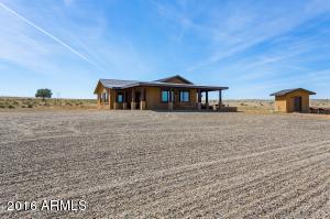 9400 W Middle Place Road, Prescott, AZ 86305