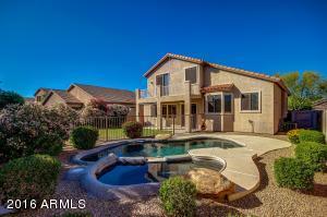 4911 E KIRKLAND Road, Phoenix, AZ 85054