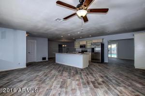 905 E WATSON Drive, Tempe, AZ 85283