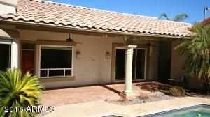 9291 E WINDROSE Drive, Scottsdale, AZ 85260