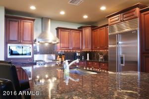 Property for sale at 8 Biltmore Estate Unit: 126, Phoenix,  Arizona 85016