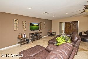 4241 W PARADISE Lane, Phoenix, AZ 85053