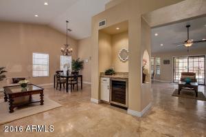 5532 E KINGS Avenue, Scottsdale, AZ 85254