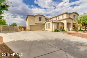 GORGEOUS 4000+ sq ft home!!