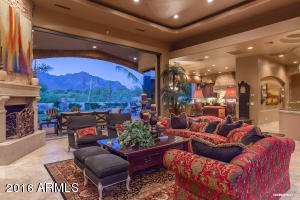 Spacious Great Room Opens to outdoor Living