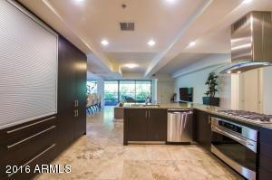 Property for sale at 7121 E Rancho Vista Drive Unit: 2006, Scottsdale,  AZ 85251