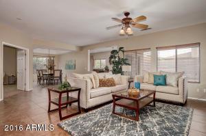 5416 W SUNLAND Avenue, Laveen, AZ 85339