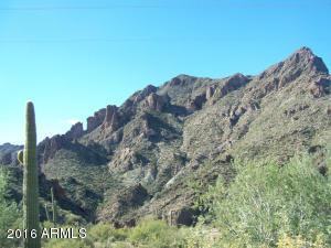 55400 N Castle Hot Springs Road, -, Morristown, AZ 85342