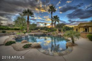 8620 N 58TH Place, Paradise Valley, AZ 85253