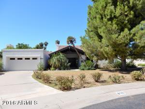 8135 E DEL BARQUERO Drive, Scottsdale, AZ 85258