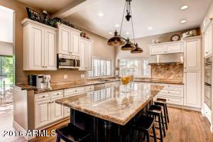 Gourmet Island Kitchen with Granite Countertops/Wood Floors