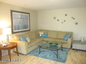 """Absolutely charming, furnished in casual """"beach"""" style....."""