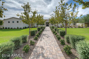 6303 E COCHISE Road, Paradise Valley, AZ 85253