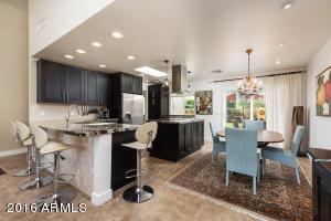 6281 E PINCHOT Avenue, Scottsdale, AZ 85251