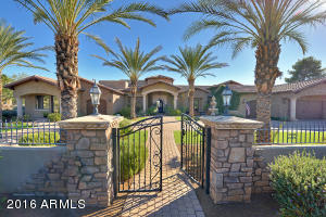 Property for sale at 10619 N 82nd Place, Scottsdale,  AZ 85260