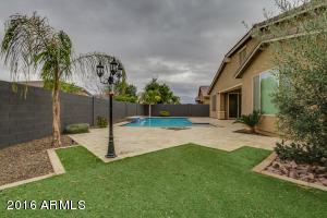 678 W YELLOW WOOD Avenue, San Tan Valley, AZ 85140